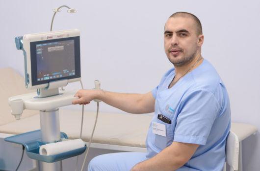 На первичном приеме проводим дуплексное ангиосканирование — УЗИ вен. Чтобы исключить неточности, используем ультразвуковые аппараты c превосходным качеством визуализации и полным функционалом.